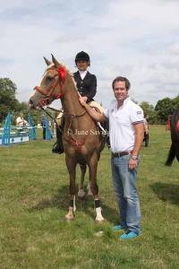 Winner Discovery 1m - Georgie Pudge riding Dizzie Rascal