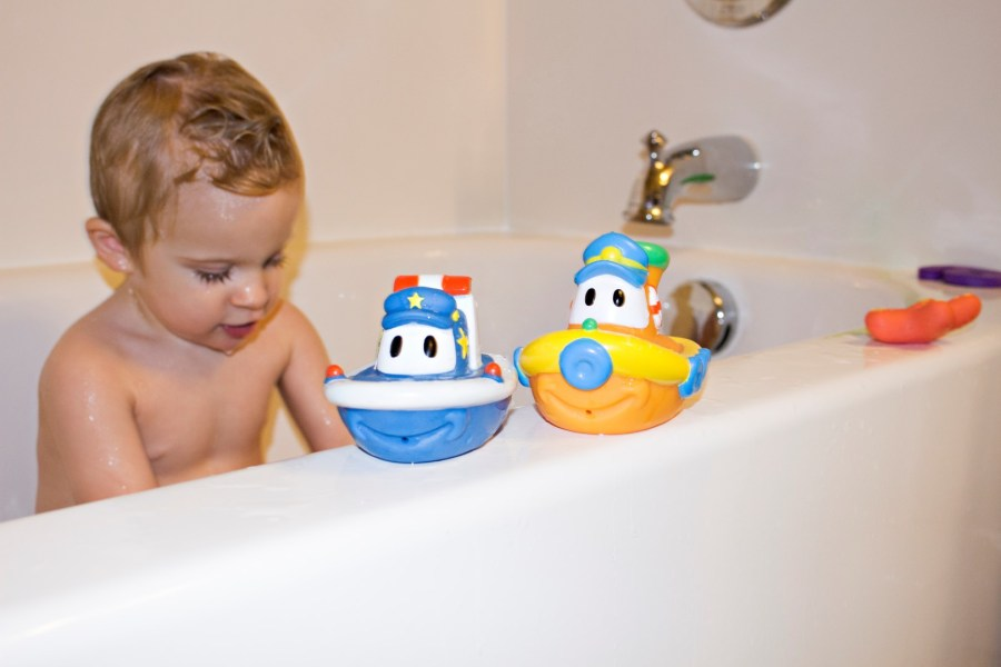 Nuby Bath Toys Review and Giveaway