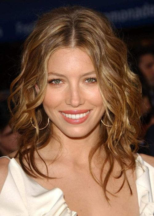 Top 50 Hairstyles For Long Faces Herinterest Com