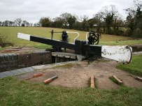 2.2 million gallons of water are drained to carry out this maintenance work - PIc British Waterways