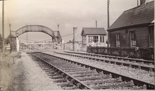 Hawthorn Bank Level Crossing 1959-60