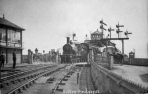AOS P 2744  SUTTON BRIDGE RAILWAY STATION LINCOLN VINTAGE POSTCARD 1908
