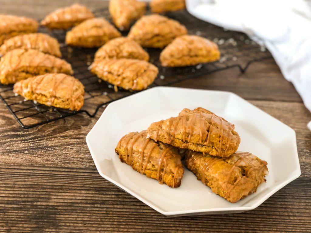 mini pumpkin spice scones 4
