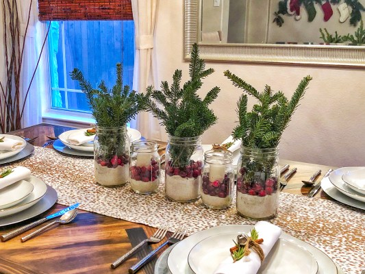 Modern Holiday Table Setting