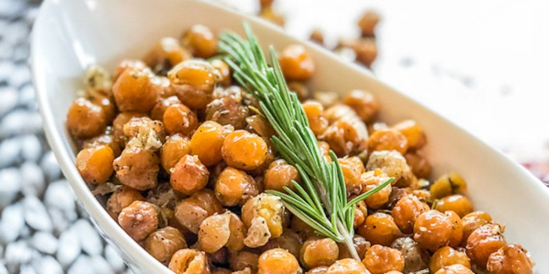 Crispy Rosemary Garlic Chickpeas for Healthy Snacking in the New Year