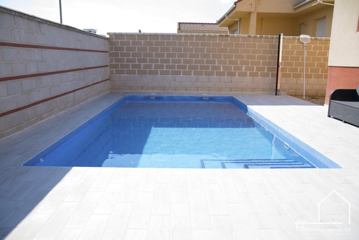 hernandezmartincb-experiencia-construccion-piscinas-moderna rectangular-zamora-34