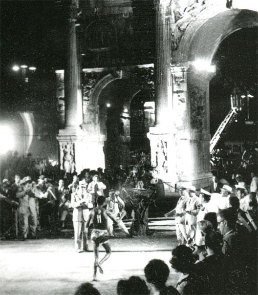 Abebe Bikila à l'arrivée du marathon à Rome en 1960