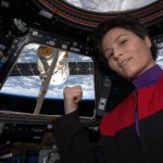 Astronaut Samantha Cristoforetti becomes the world's greatest cosplayer with one selfie