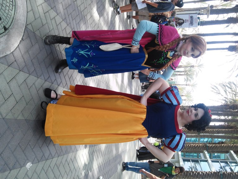 Anna and Snow White #PoseLikeASuperhero