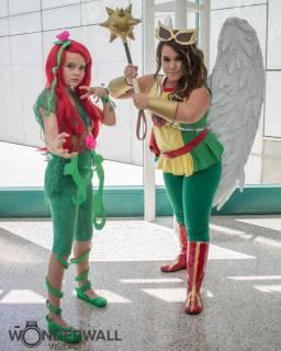 Poison Ivy & Hawkgirl - Heroic Girls