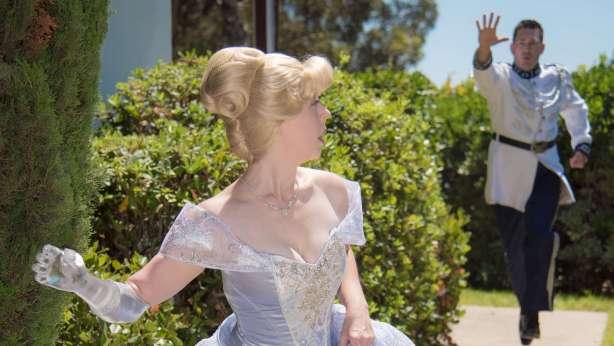 Cinderella cosplay by Mandy Pursley. Photos © Kelly Anderson