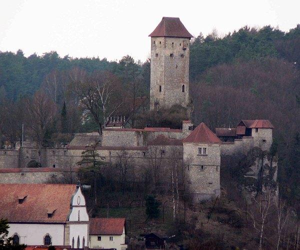 NeuhausVeldenstein  Burgen und Herrensitze in der
