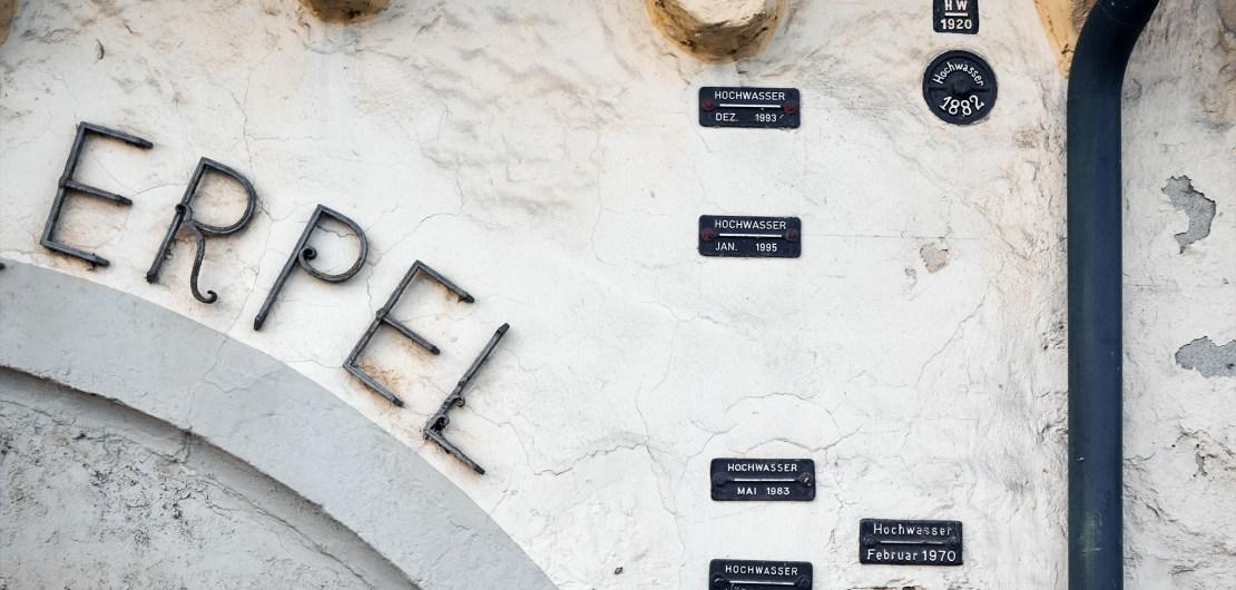 Historische Hochwasserstände am Fronhof
