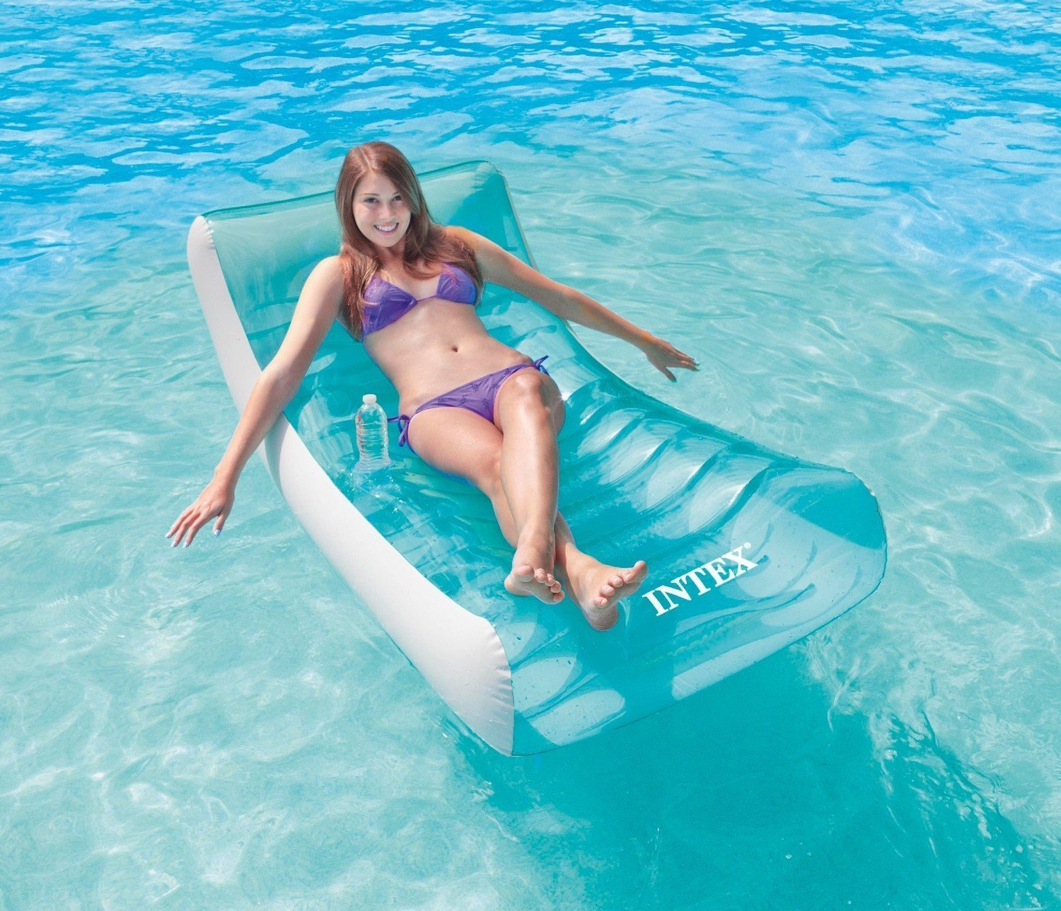 inflatable water chairs for adults argomax mesh ergonomic office chair uk 10 best swimming pool loungers 2019 top floating intex rockin lounge