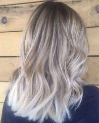 45 Adorable Ash Blonde Hairstyles