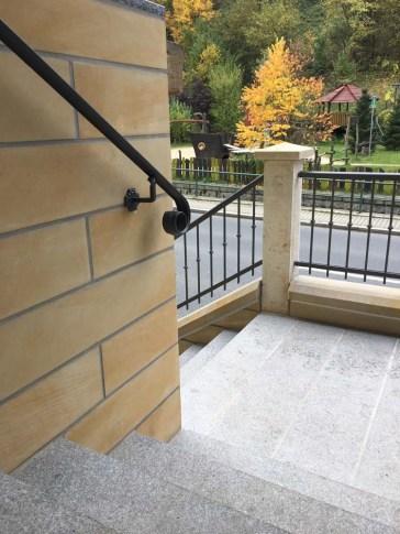Stufen aus Lausitzer Granit