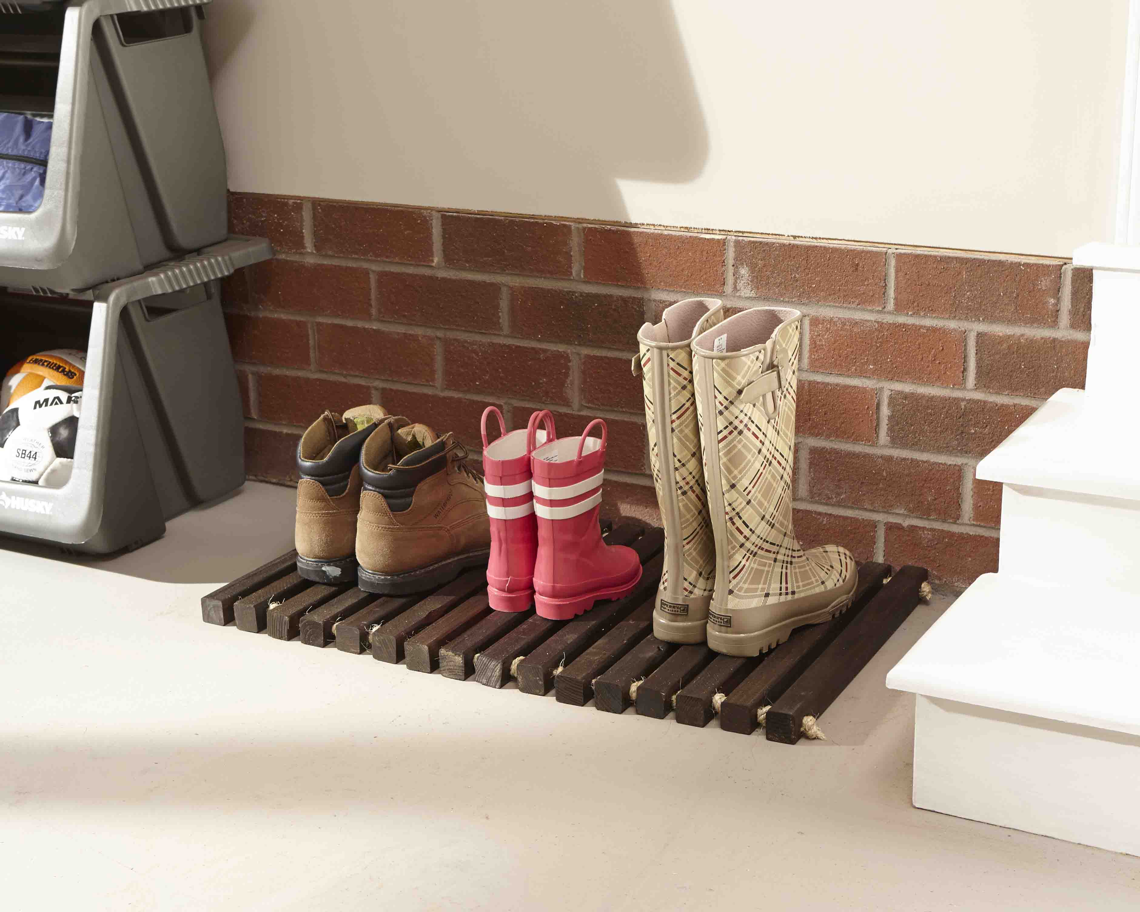 diy chair mat for hardwood floor replacement slings patio chairs lowes wooden door her tool belt