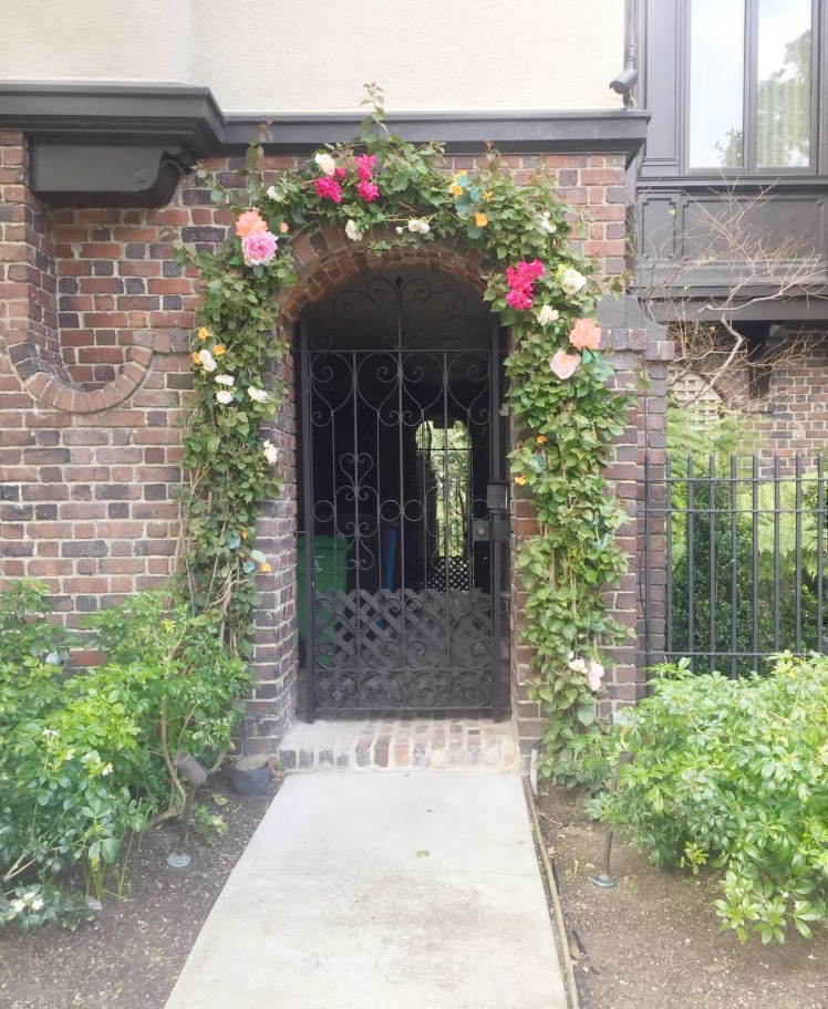 Presidio_Heights_doorways