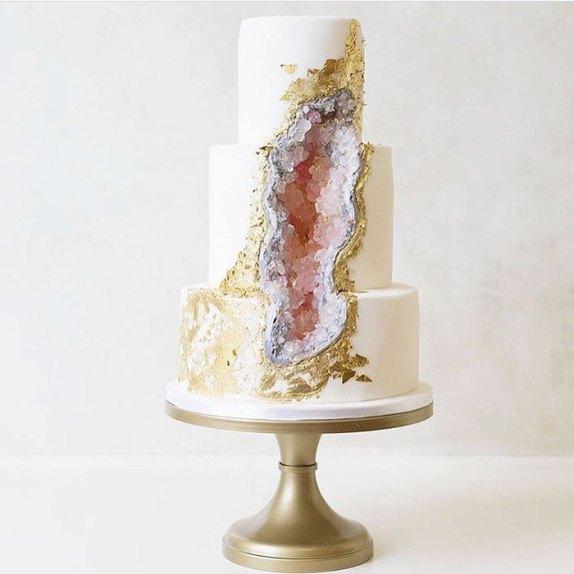 geode wedding cake 6