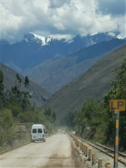 Bus Route to Hidroelectrica from Cusco by hesaidorshesaid