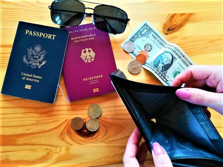Saving Money Traveling on a Budget