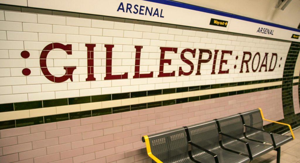 London Underground  H  E Smith Ltd