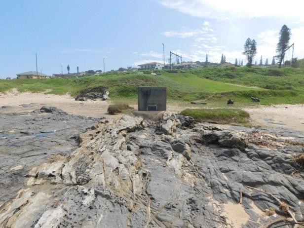 gedenksteen-op-mtwalume-strand1