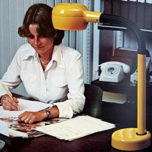 Fagerhults Cobra oranje bureaulamp