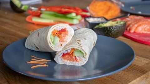 EASY Sushi Burrito Recept wraps zalm makkelijk snel student (1)