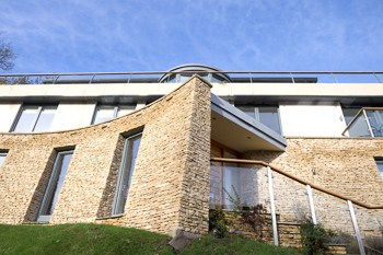 Image showing the front of this uncompromisingly contemporary eco house in Lyncombe Vale, Bath.