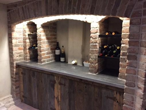 Wijnkelder met kloostermoppen