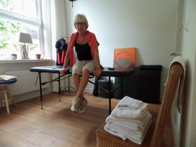 marianne_op_massagetafel