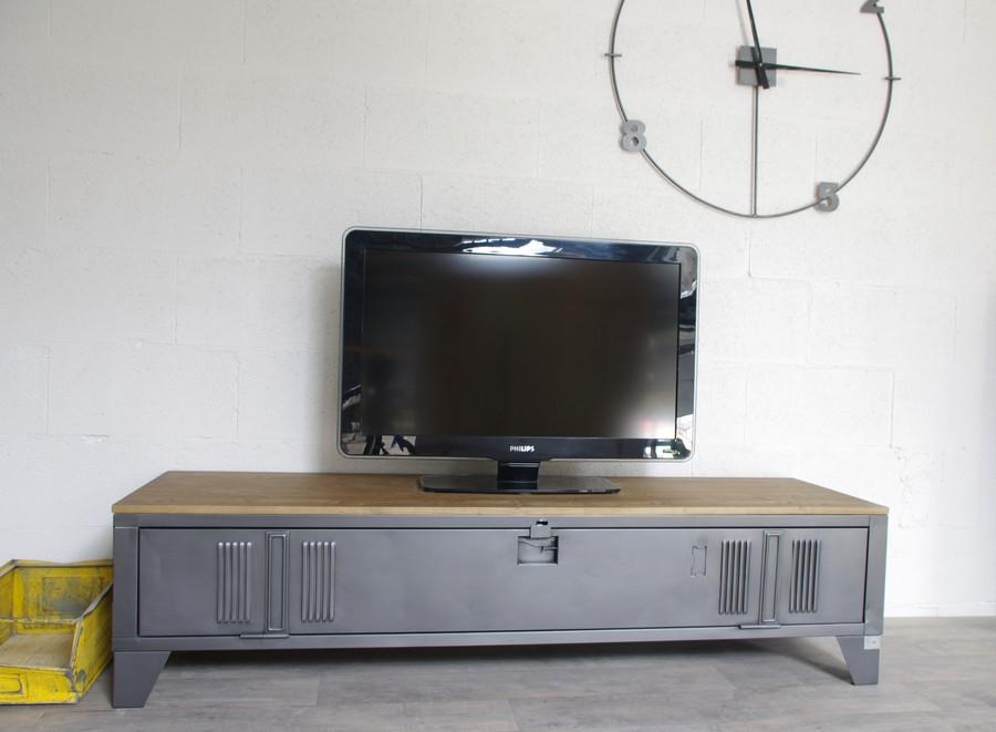 vestiaire transforme en meuble tv industriel metal et bois ref detroit
