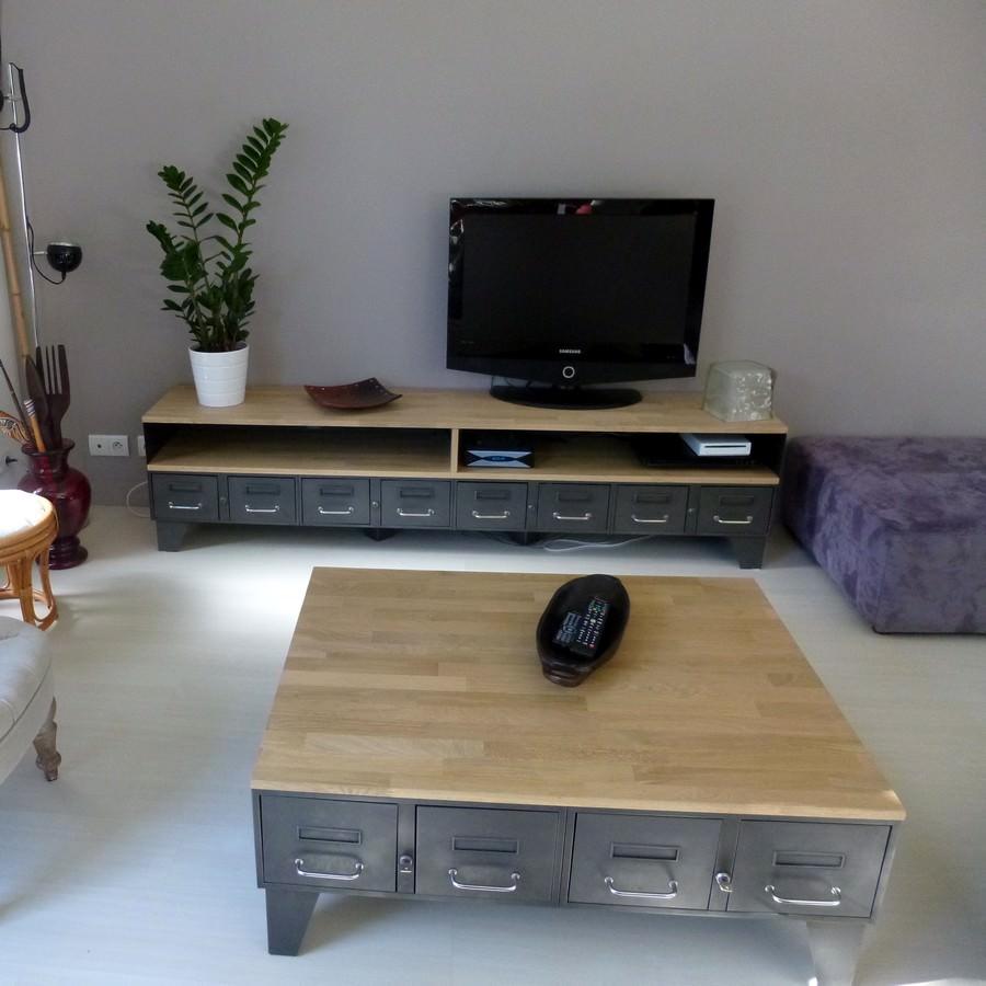 meuble tv metal industriel a tiroirs et niche pour les appareils ref atlanta