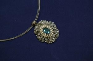 Le collier de grand-mère