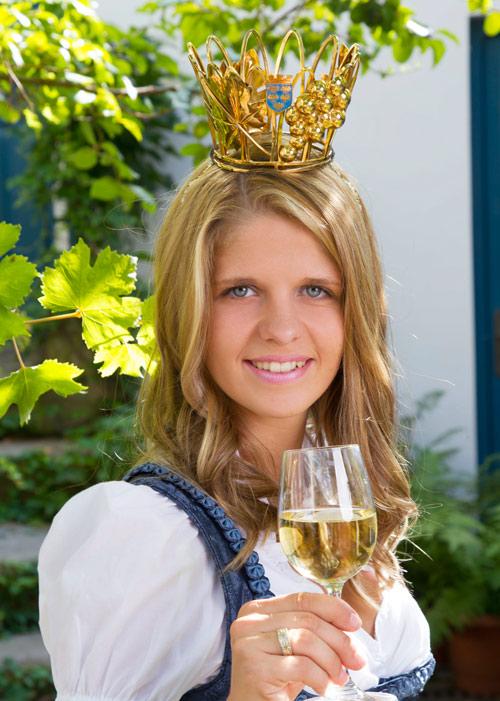 NÖ Vizeweinkönigin Melanie I.