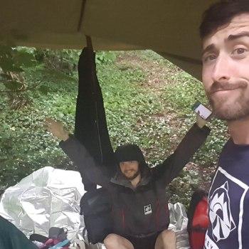 Guillaume, Denis & Kevin sous la première pluie de l'aventure Hey Bro