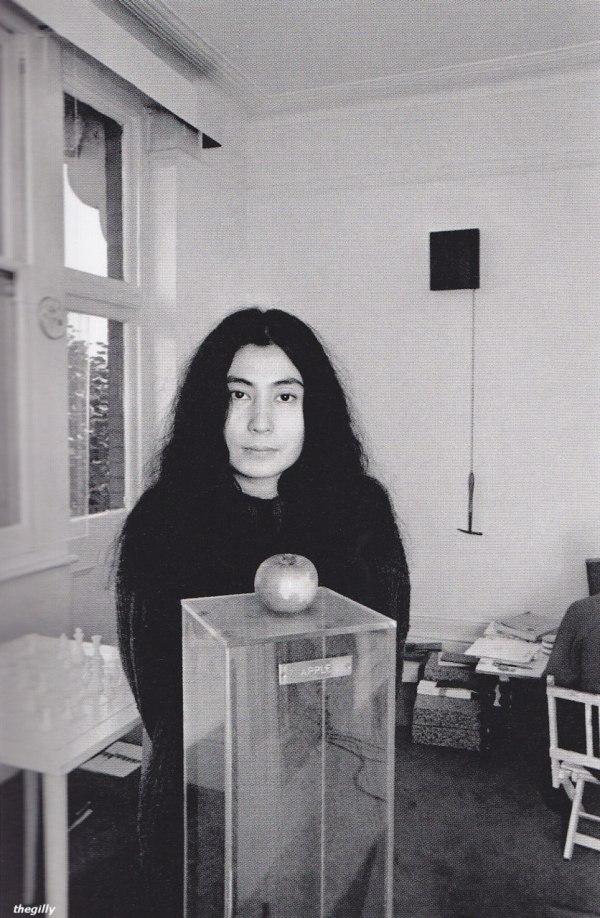 Yoko Ono and an apple, 1966.
