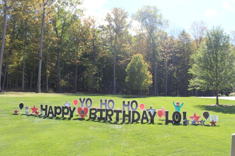 card my yard birthday party