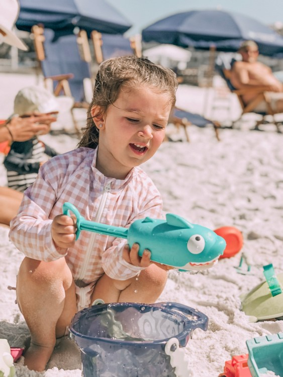 must haves beach with kids