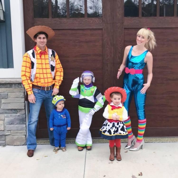 toy story family halloween costume heyitsjenna