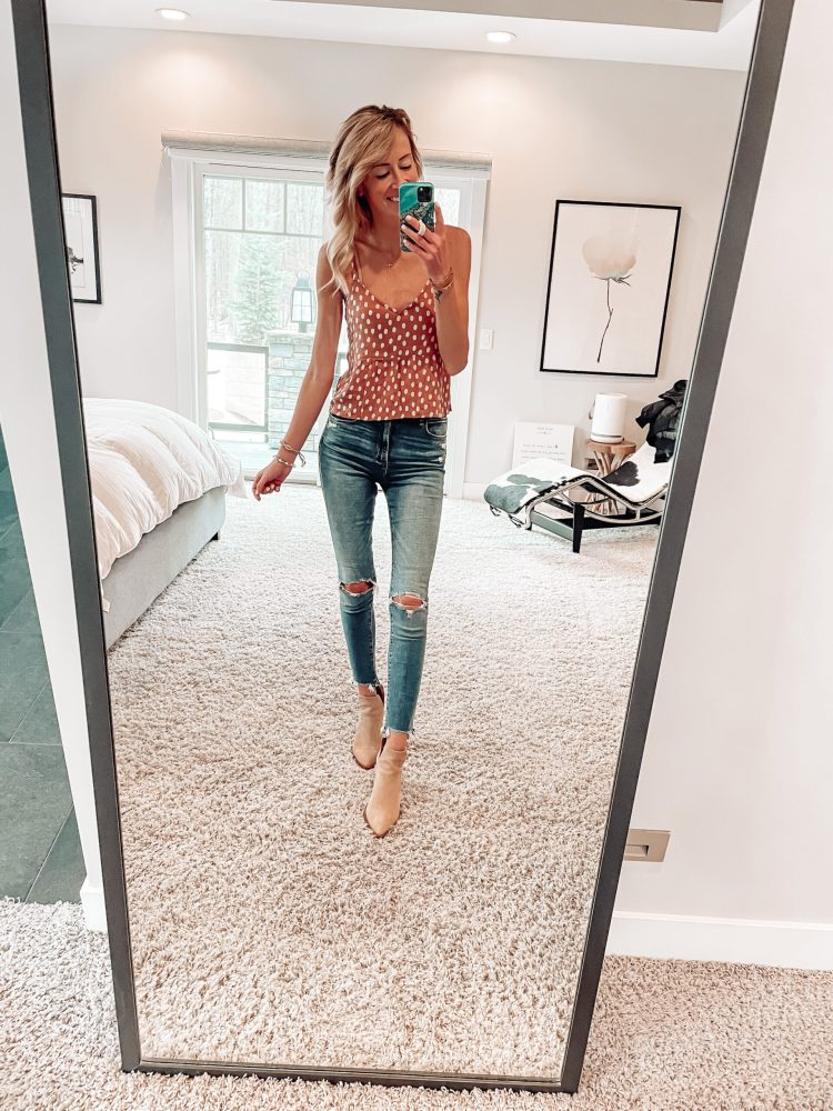 10 Outfits to Wear This Spring outfit ideas for spring jeans ankle booties