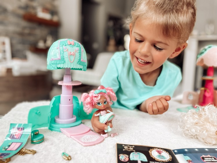 glam'more dolls play toys