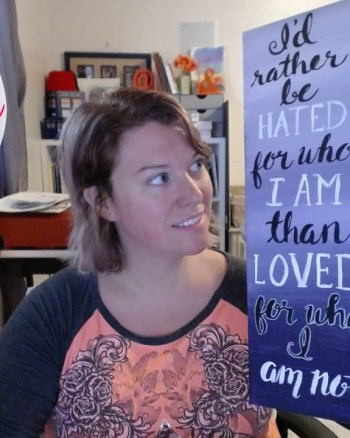 VEDA Day 26: Hand Lettering an Ombre Canvas