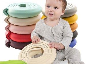 Mousse de sécurité bébé contre les coins des tables