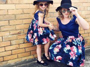 Robe PARISIENNE bleu marine pour femme et enfant