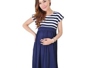Robe rayures bleu et blanc mi-longue femme enceinte