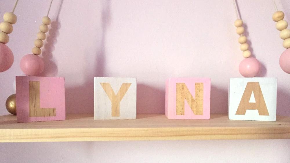 Cubes en bois déco - Lettres prénom fille