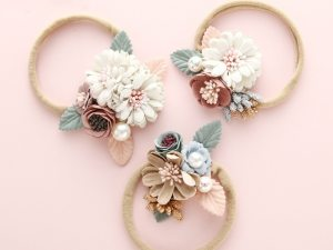 Bandeau bébé à fleurs