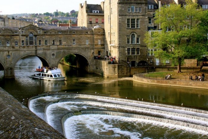 HeyRashmi Best Weekend Breaks UK - River Avon in Bath